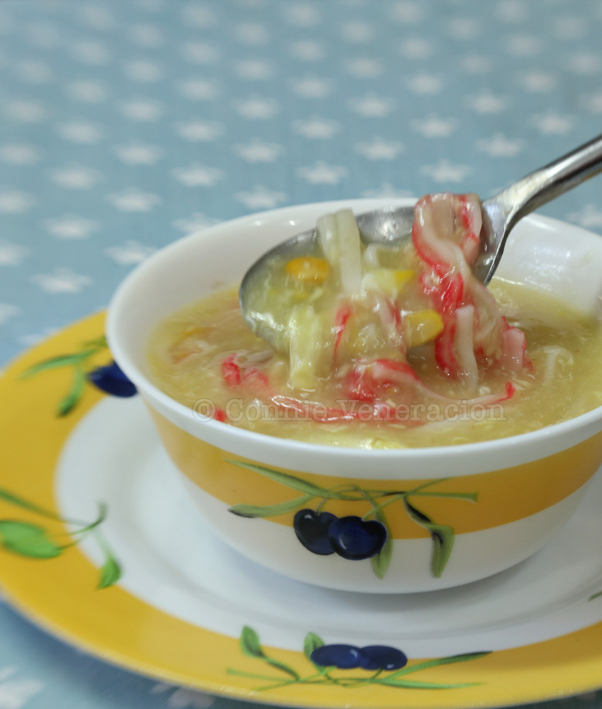 Japanese-style crab and corn soup